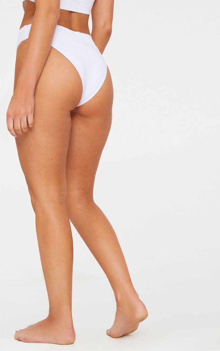 white bottom.jpg