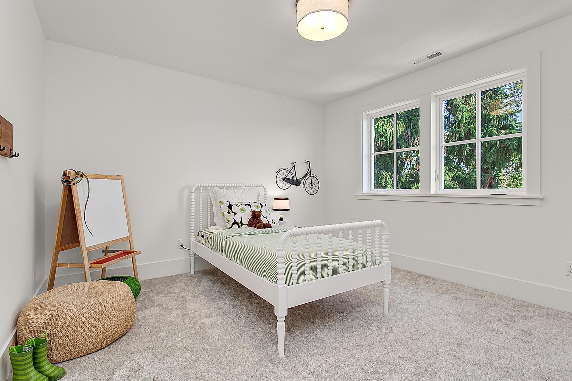 child_s bedroom.jpg