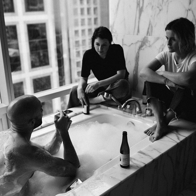 11 Men. 6 questions. 1 bathtub. A new conversation.