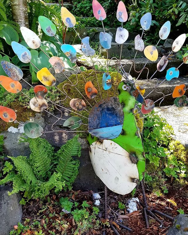 Thank you to everyone who came out to the #westseattlegardentour yesterday! We hope you had as beautiful of a day as we did. See you next year for the 25th! #westseattle #gardenart  #sundayfunday