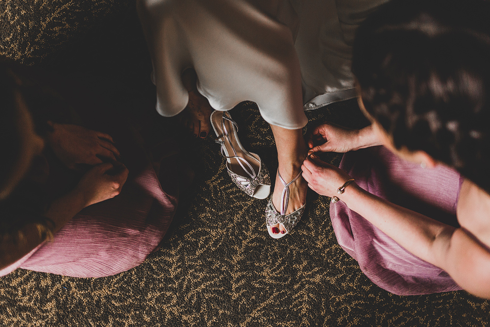 Pittsburgh-Wedding-Photographer-Katie-Ryan-Wedding006.jpg