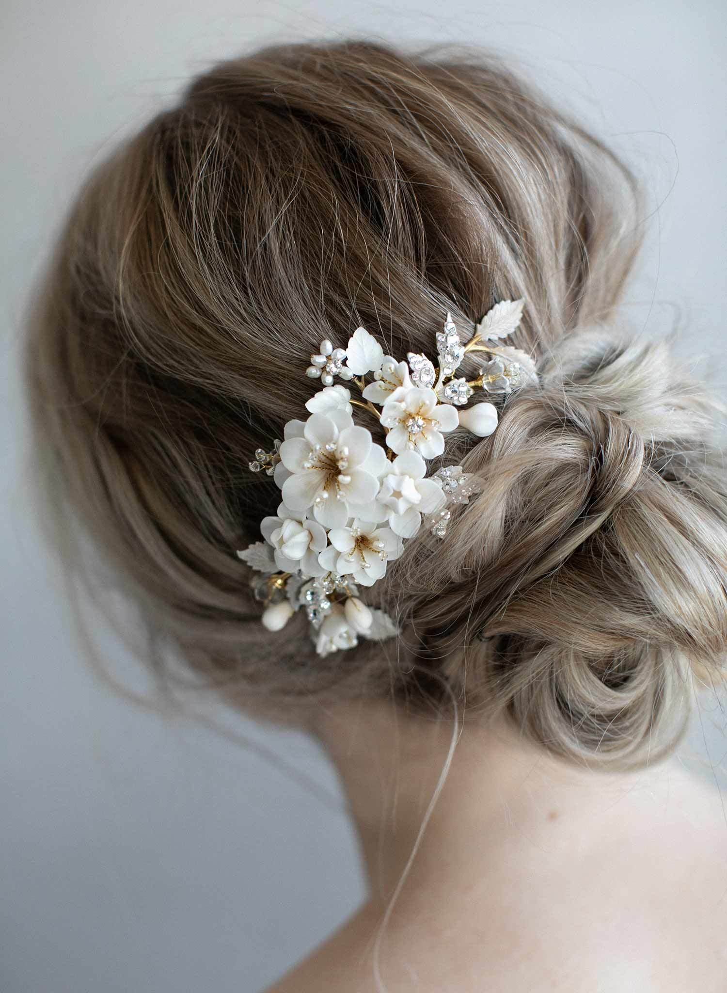 978-bridal-ivory-cream-hair-flowers-bridal-comb-headpiece-twigsandhoney_0007_2048x2048.jpg