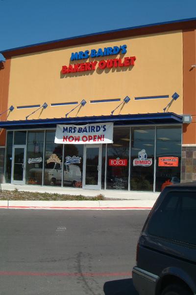 Bimbo Bakeries, Sunny Liquors, Cash Zone 005.jpg