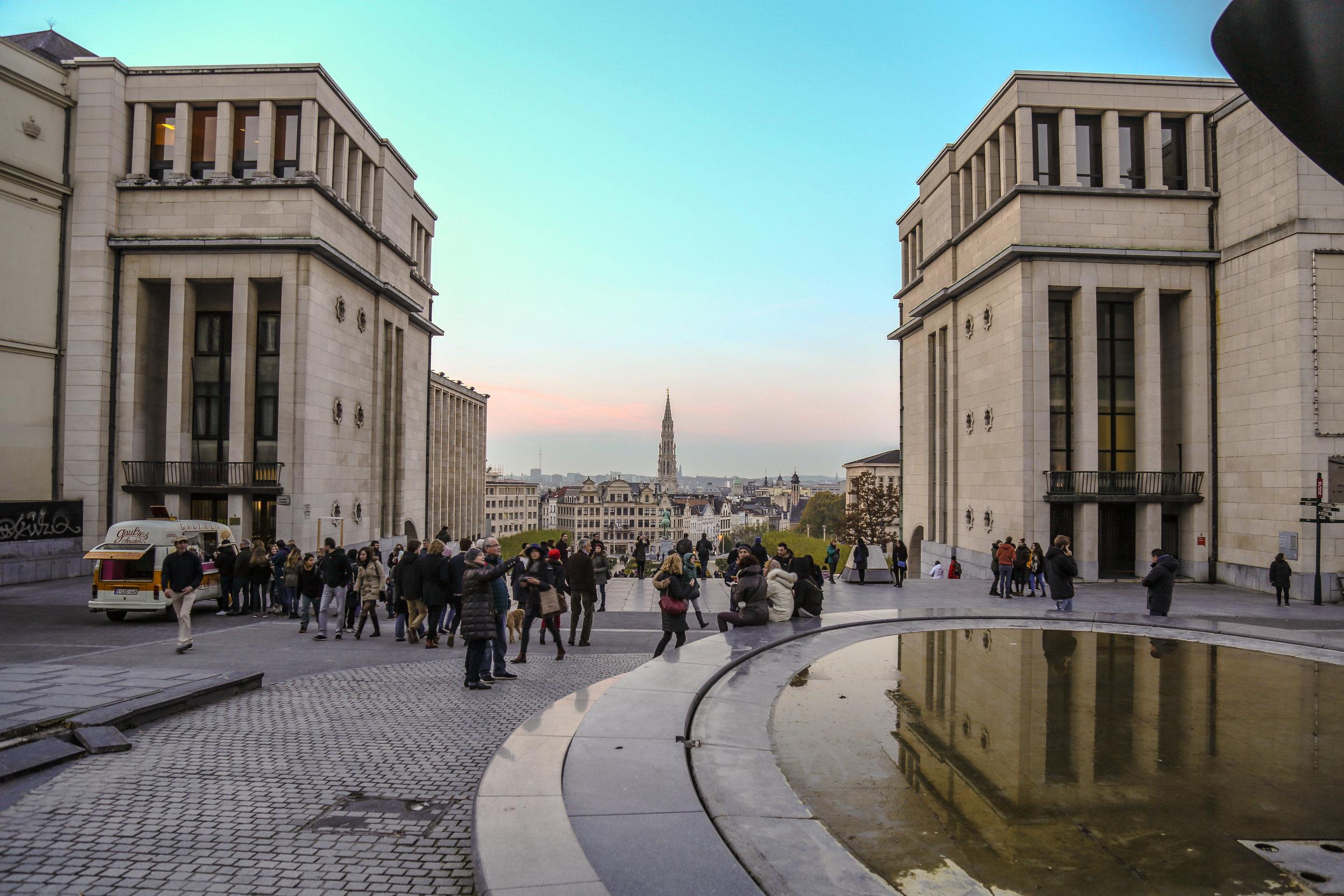 Brussels_Symmetry.jpg