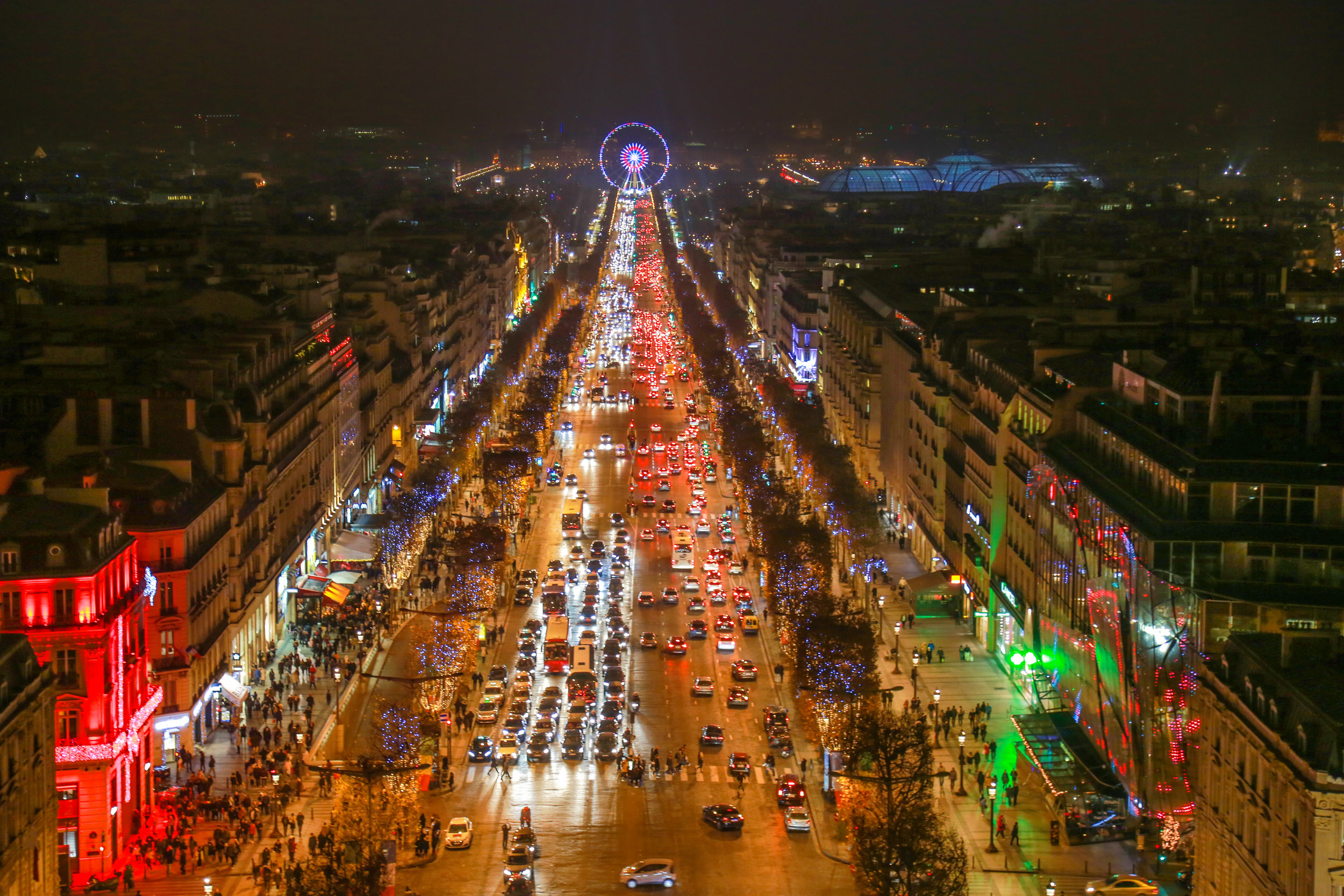 Champs_Elysees.jpg