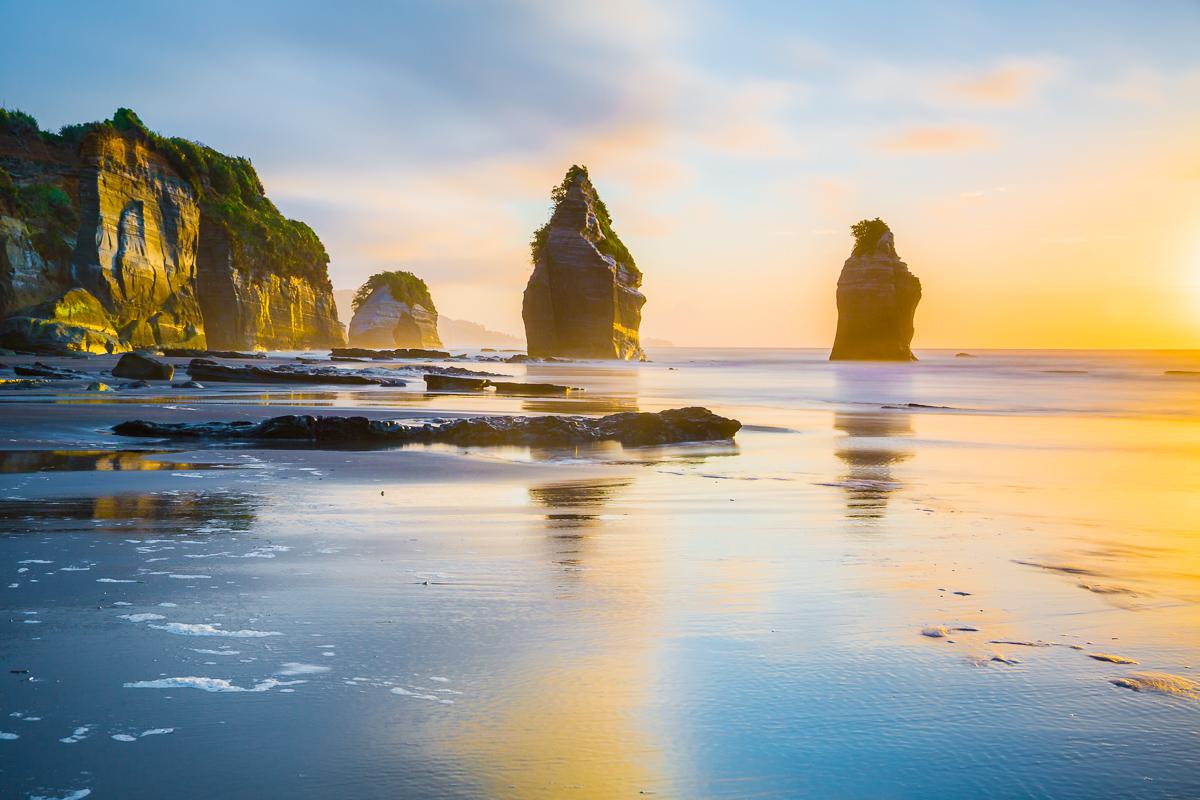 sunset-tongaporutu-beach-three-sisters-landscape-photography.jpg