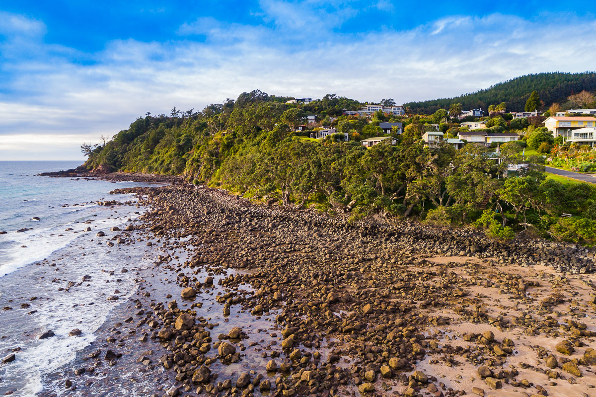 coromandel-hot-water-beach-travel-north-island-new-zealand-travel-photography-drone-aerial.jpg