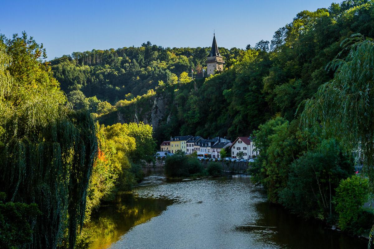 vianden-city-town-luxembourg-travel-europe-EU-medieval-village-historic.jpg