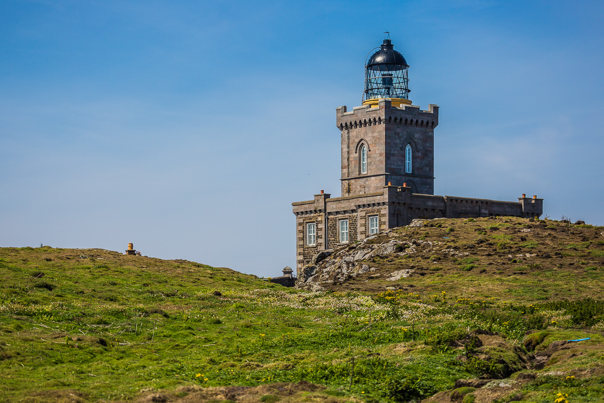 lighthouse-isle-of-may-scotland-st-andrews-UK-landscape-island-wildlife-sighting-travel-trip-tourism.jpg