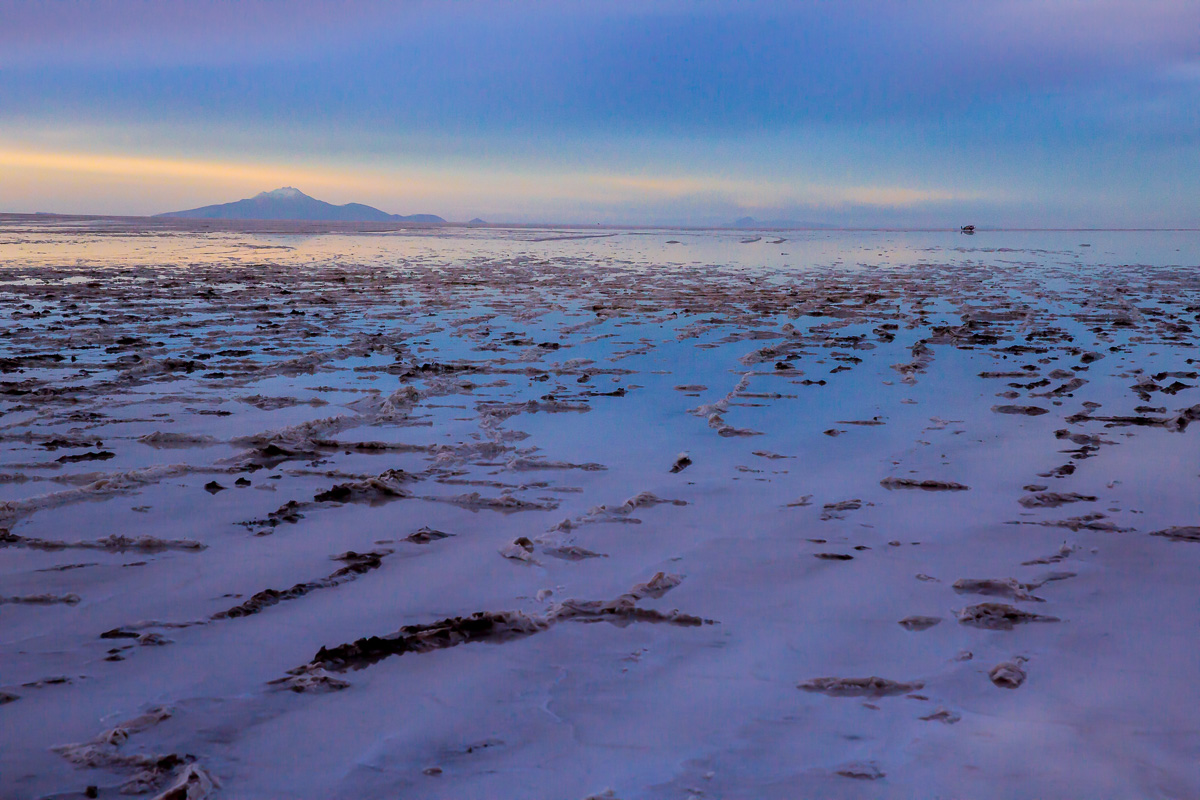 photography-uyuni-salt-flats-salar-bolivia-bolivian-tourism-travel-sunset-trip-roadtrip-evening-blue-hour.jpg