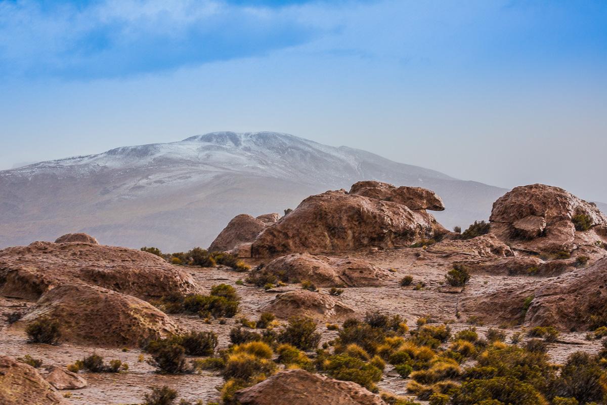 adventure-photographer-valle-de-las-rocas-uyuni-bolivia-south-america-siloli-desert-road-travel.jpg