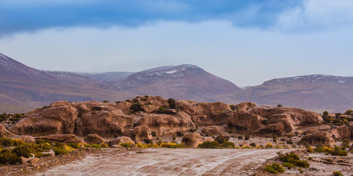valle-de-las-rocas-road-travel-4x4-roadtrip-south-america-bolivia-uyuni-siloli-desert-drive-four-wheel-adventure-photographer.jpg