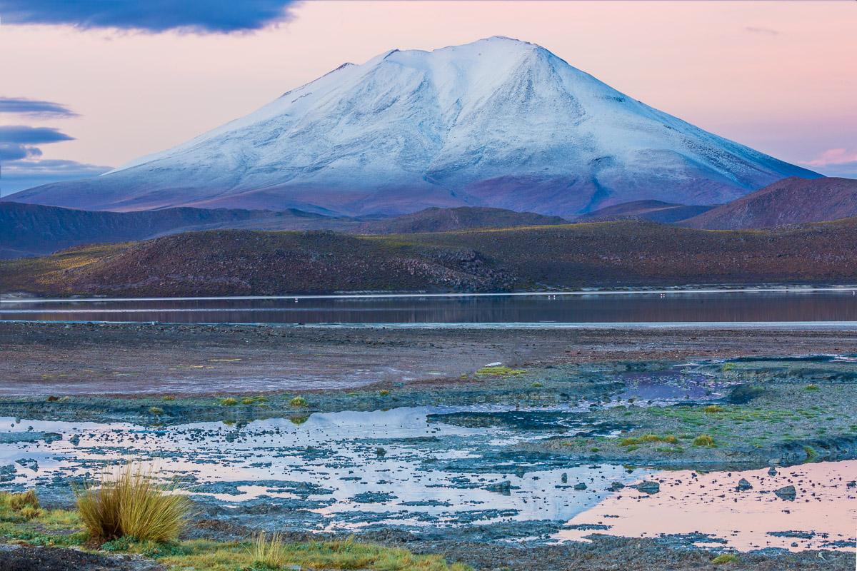 bolivia-expedition-photography-adventure-ecolodge-los-flamencos-sunrise-lagoon-flamingos-flamingoes.jpg