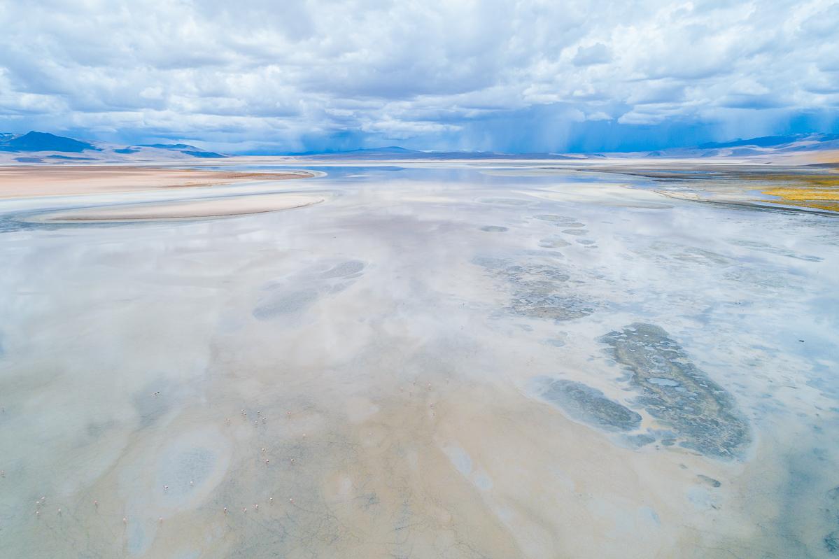 bolivia-drone-flight-termas-de-polques-eduardo-avaroa-abaroa-national-park-travel-landscape-photography.jpg