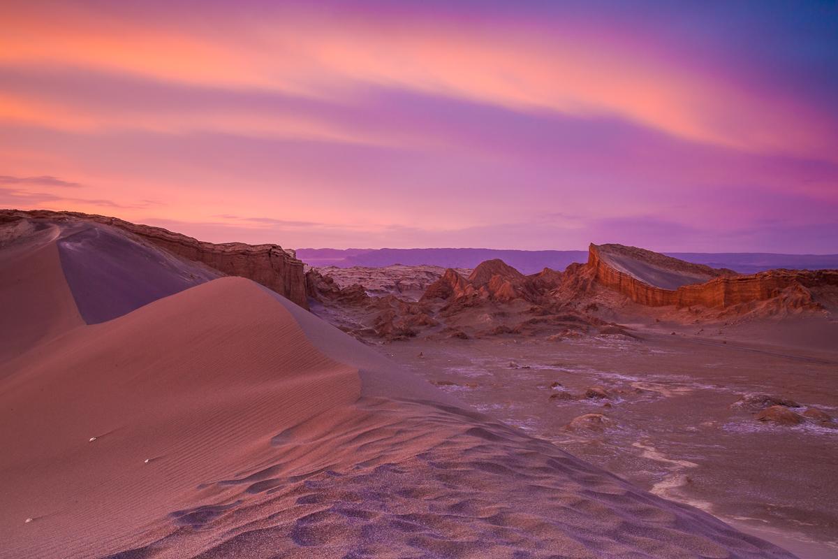 landscape-amalia-bastos-photography-sunset-amphitheatre-valle-de-la-luna-moon-valley.jpg