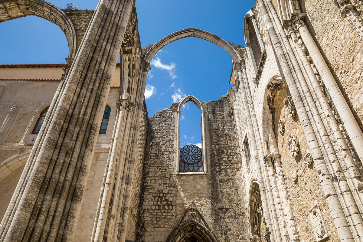 convento-do-carmo-lisbon-lisboa-portugal-arches-photography-photographer-travel-european-europe.jpg