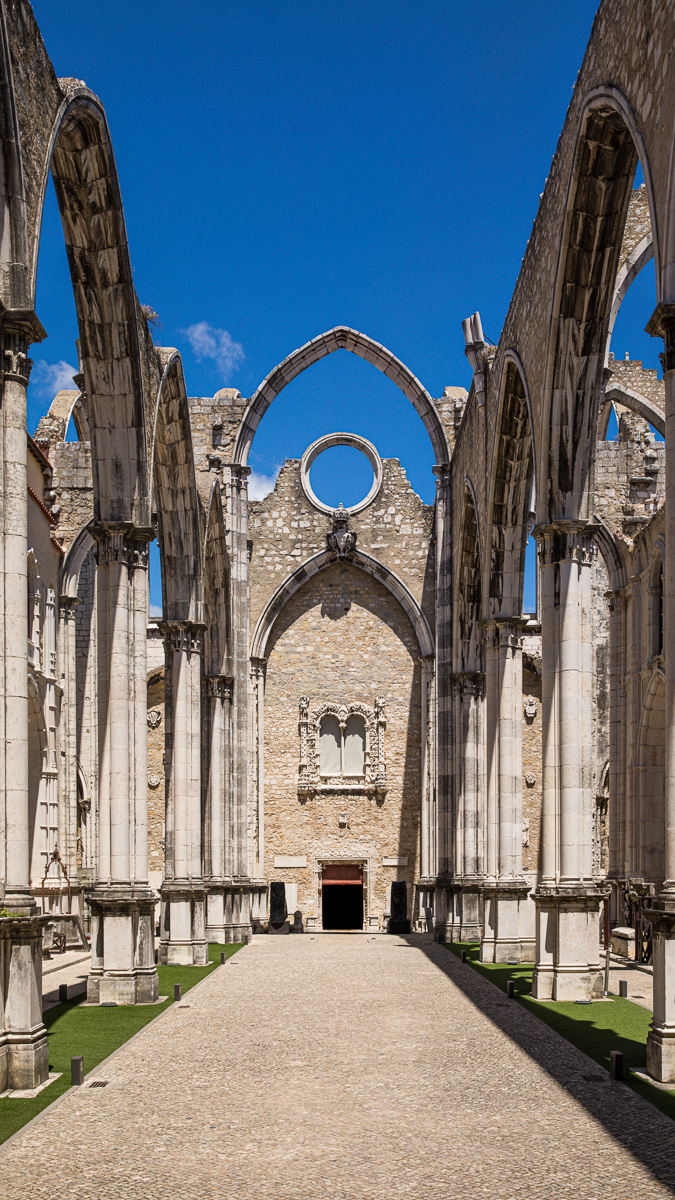 lisbon-carmo-convent-architecture-ruins-travel-europe-portugal-european-landscapes.jpg