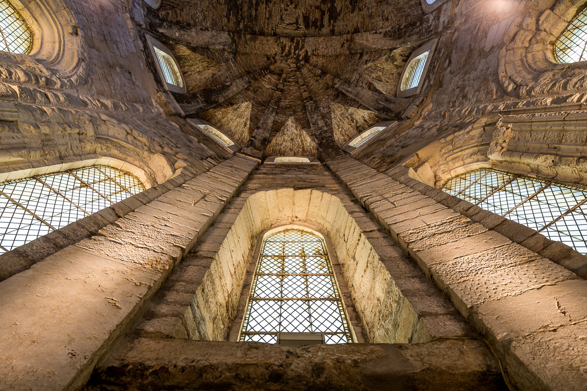 lisbon-lisboa-portugal-convento-do-carmo-convent-ruins-museum-church-ruins-travel-ceiling.jpg