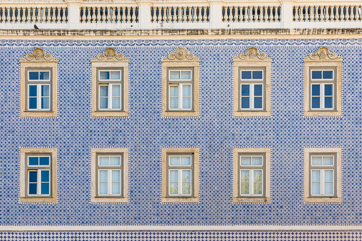 windows-streets-portugal-lisboa-lisbon-travel-photography-photographer-europe-roadtrip.jpg