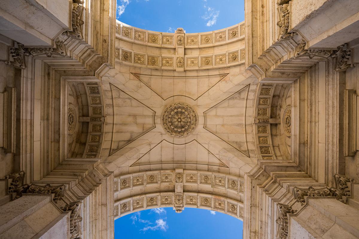 archway-terreiro-do-paco-praca-do-comercio-lisboa-lisbon-portugal-travel-tourism.jpg