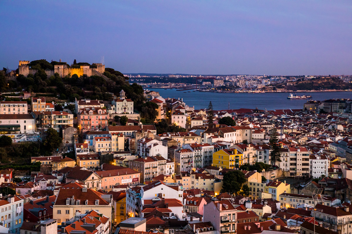 lisbon-lisboa-portugal-sunset-evening-blue-hour-castelo-castle-city-river-light-travel.jpg
