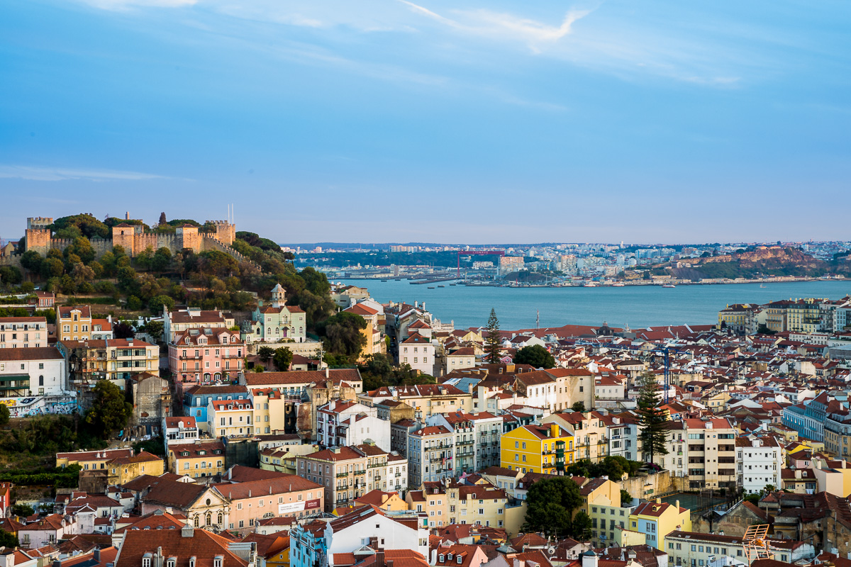miradouro-da-senhora-do-monte-castle-lisbon-lisboa-view-landscape-afternoon-light.jpg