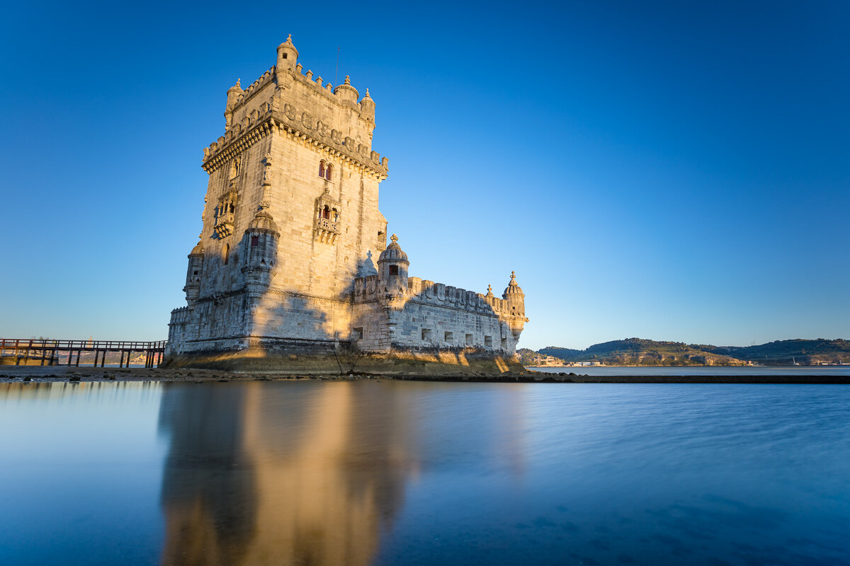 sunset-belem-tower-torre-de-belem-lisboa-lisbon-waterfront-light-gold-golden-evening-dusk.jpg