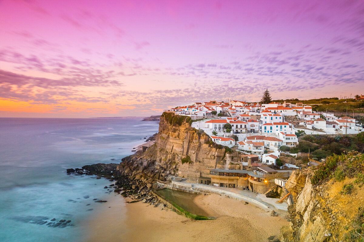 travel-photographer-portugal-azenhas-do-mar-seaside-town-village-ocean-sunset-dramatic-sky.jpg