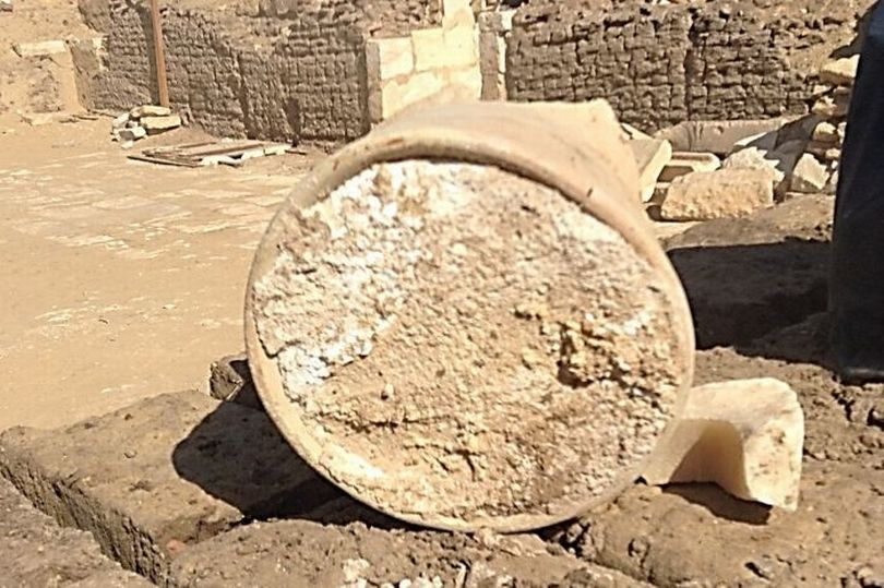 0_Worlds-oldest-cheese-confirmed-in-Egyptian-tomb-but-it-may-be-filled-with-a-deadly-disease.jpg