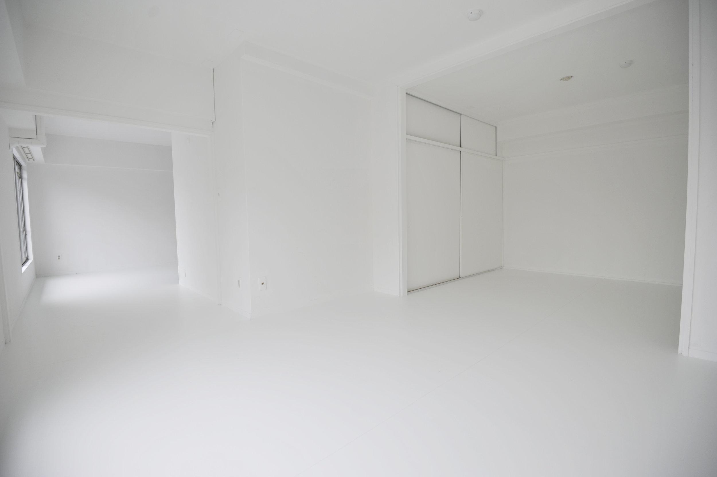 office_white.jpeg