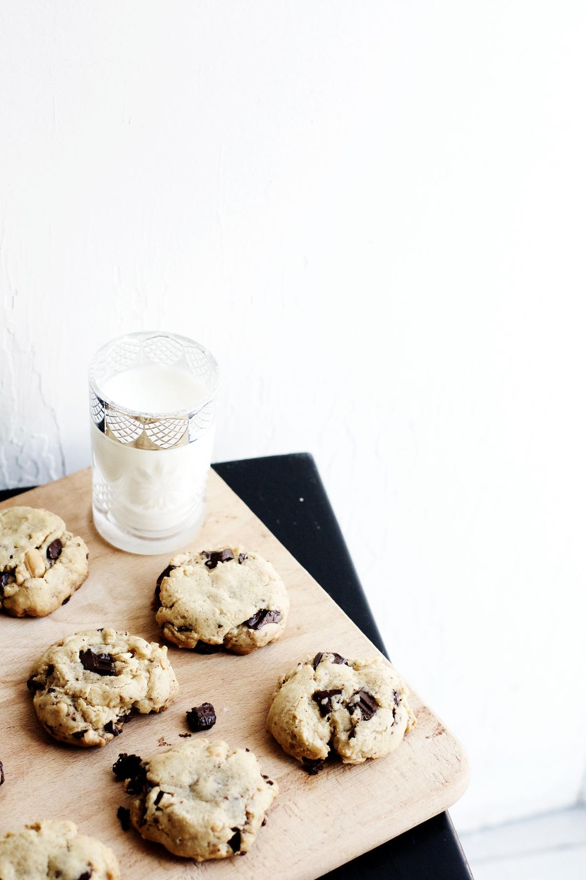 Brown Butter + Roasted Cashew Dark Chocolate Chunk Cookies | Ruby Josephine