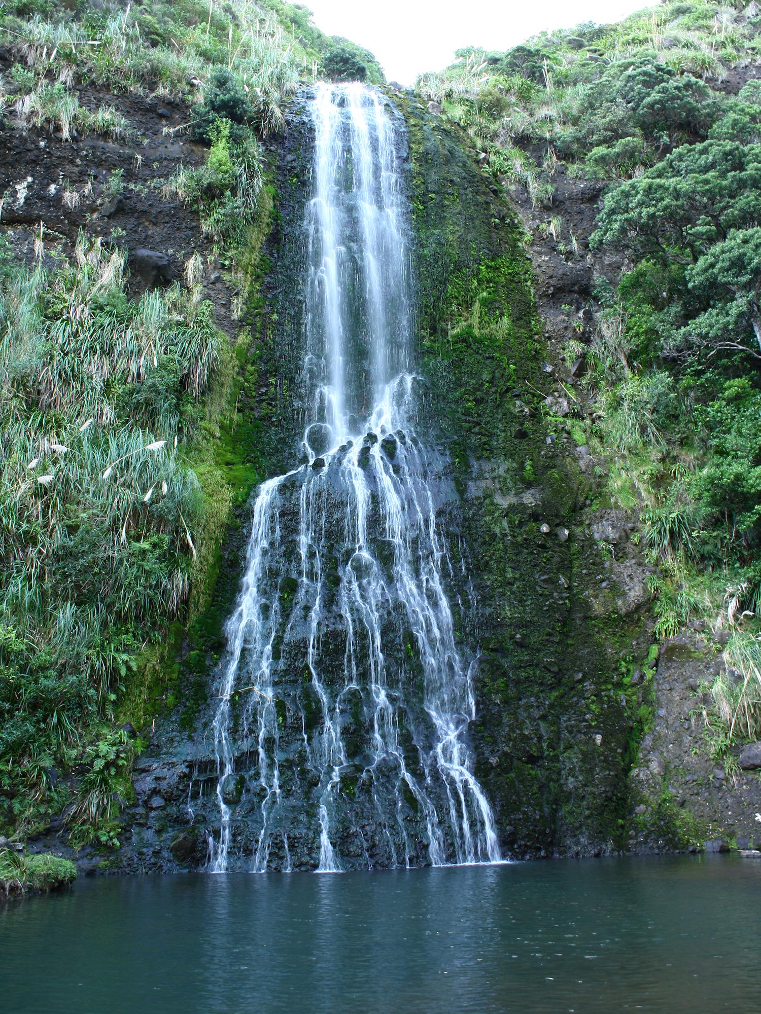7   Karekare Falls, Huia, West Auckland