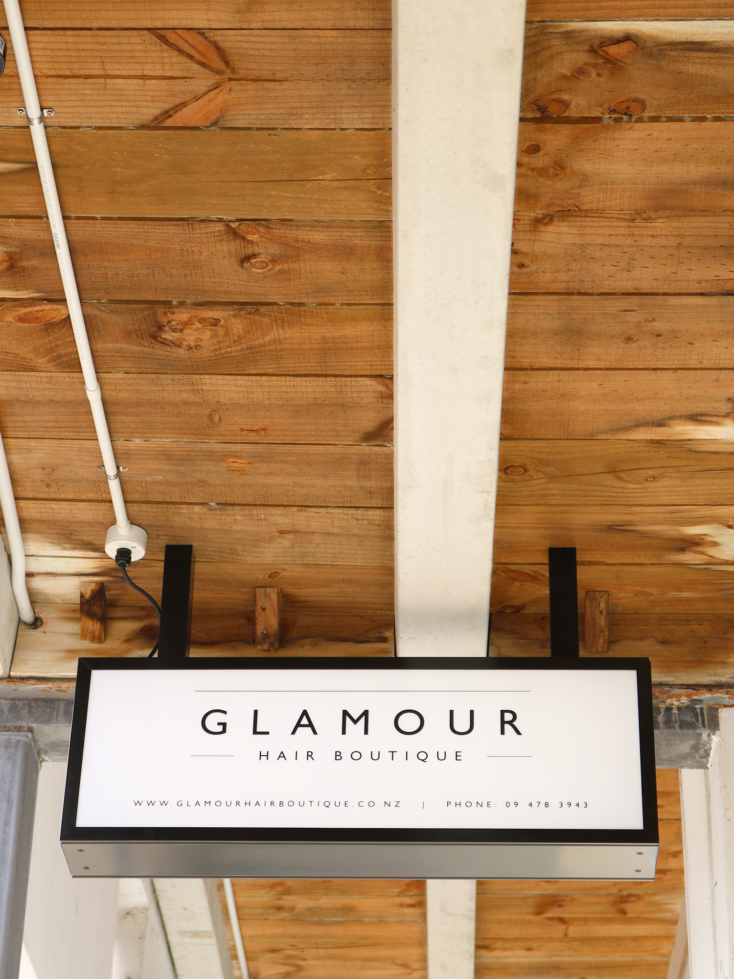 16 glamour-hair-boutique-sign-1.jpg