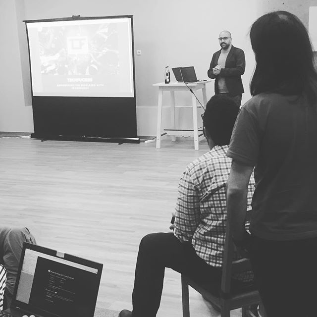 Adil from MAQTOOB Team is presenting @techfugees - an initiative to empower #refugees with #technology - at a Social Good Hackathon in Brno supported by @kiwicom247 ---- #socialimpact #socialenterpreneurship #socialentrepreneur #innovation #coding #solution #programming #peopleinneed #developers #startuplife #onthemove #iphoneonly #instatravel #czechrepublic #brno