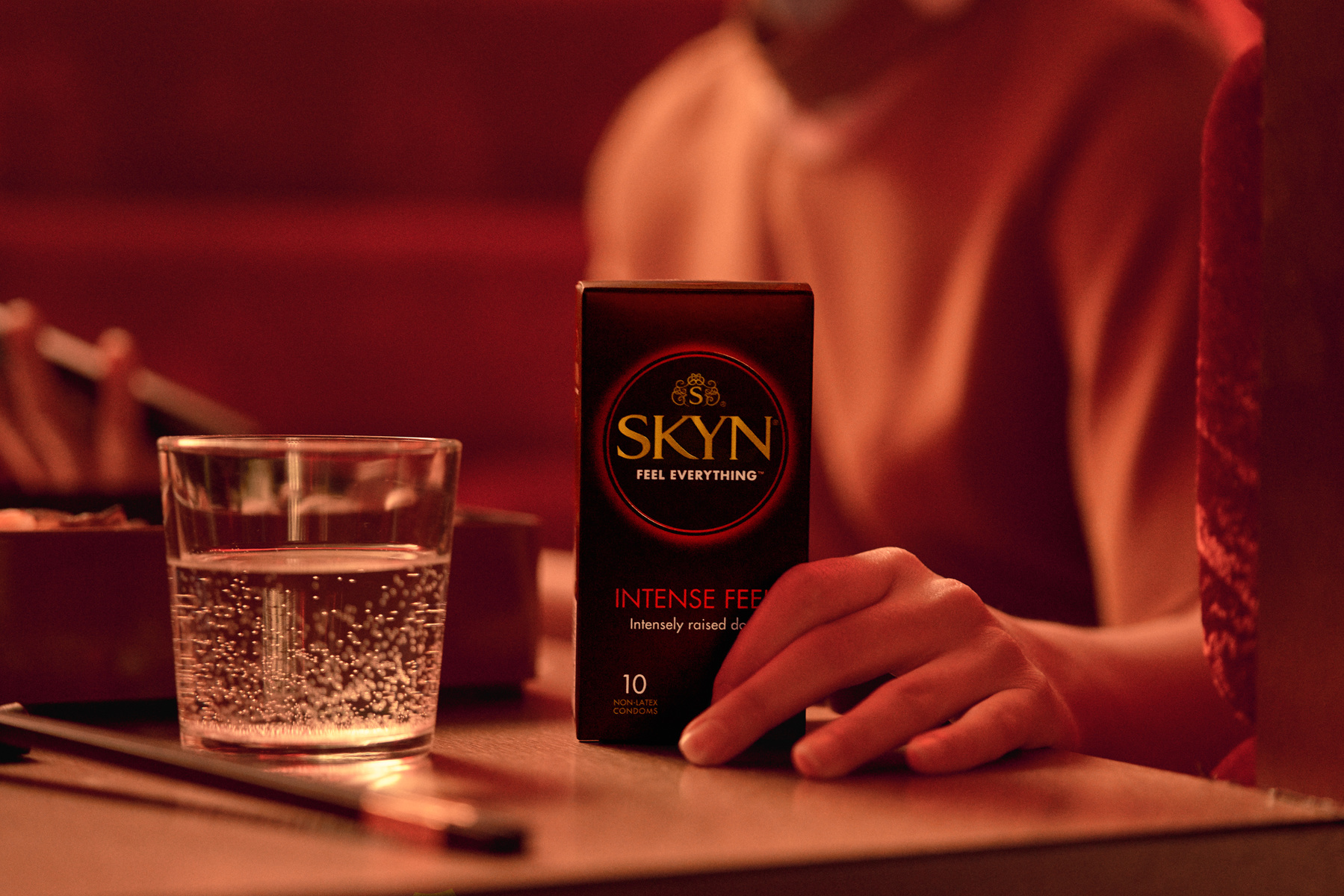 Skyn - Creative Packshot