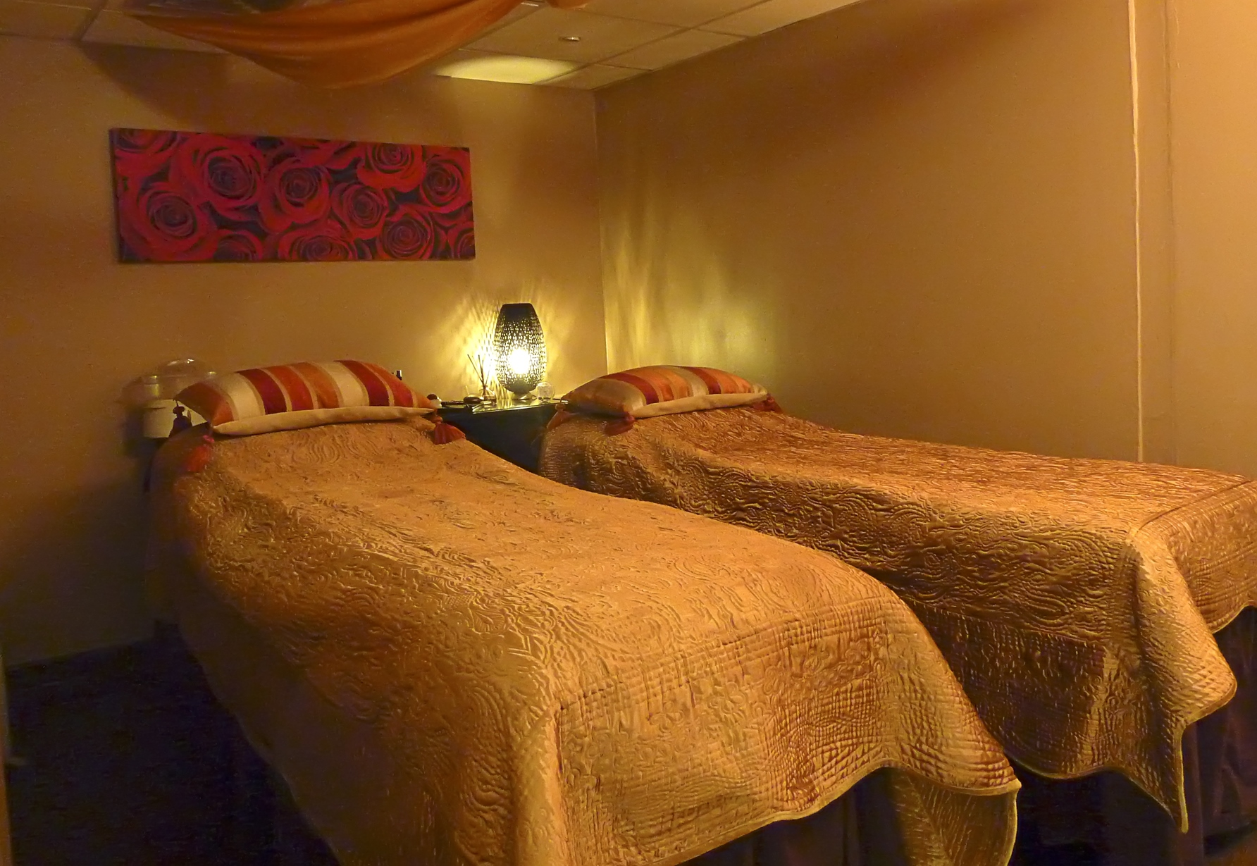 you're not alone romance for two spa treatment therapy package beauty spa couples manchester