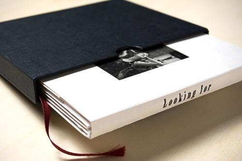 il-laboratorio-stampa-ai-sali-d'argento-bruno-nardini-onepagebook-fotolibro-libro-fotografico-bianco-nero-ingranditore-devere-stampa-digitale