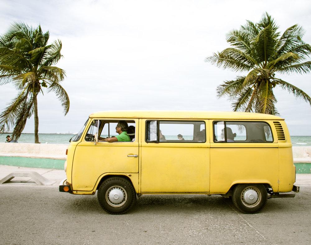 yellow+bus.jpg