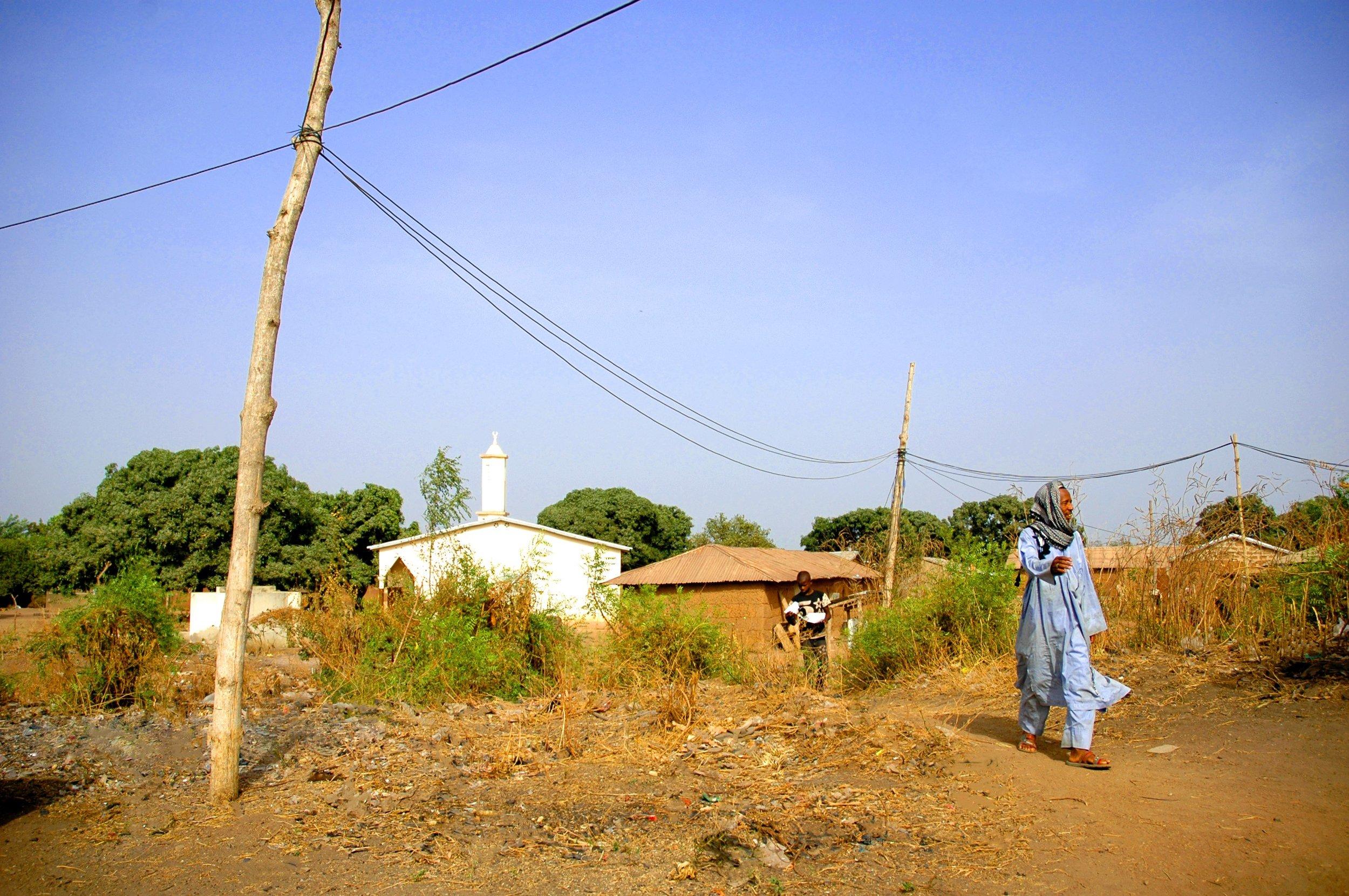 Homme Peulh sortant de la mosquée