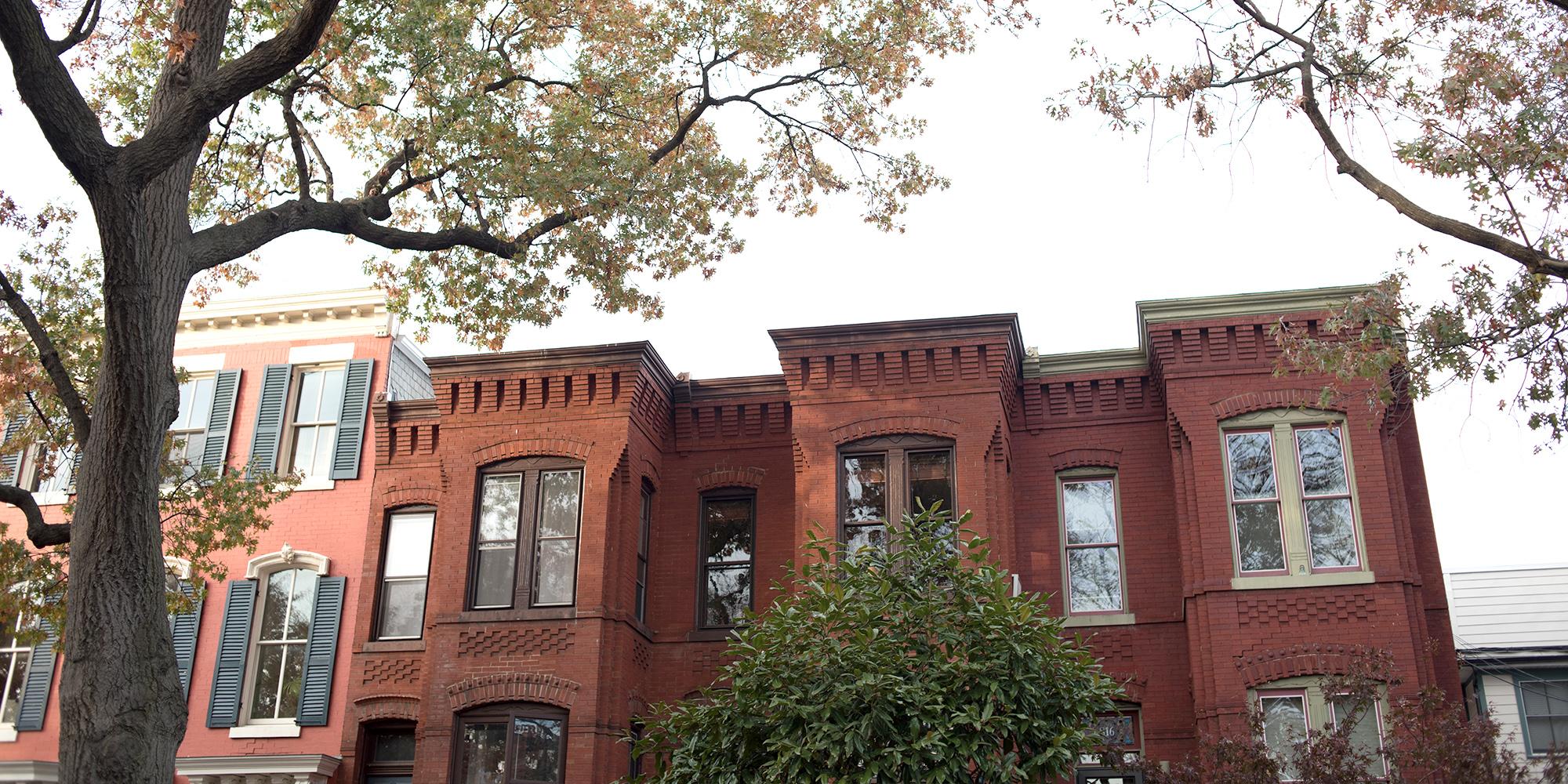 19TH CENTURY ROW HOUSES