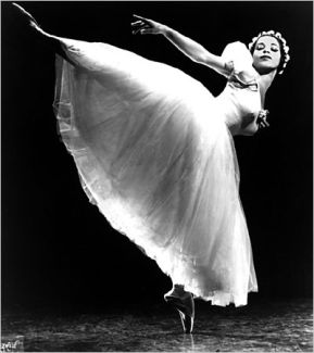 Raven Wilkinson, the first African-American woman to dance with the Ballet Russe