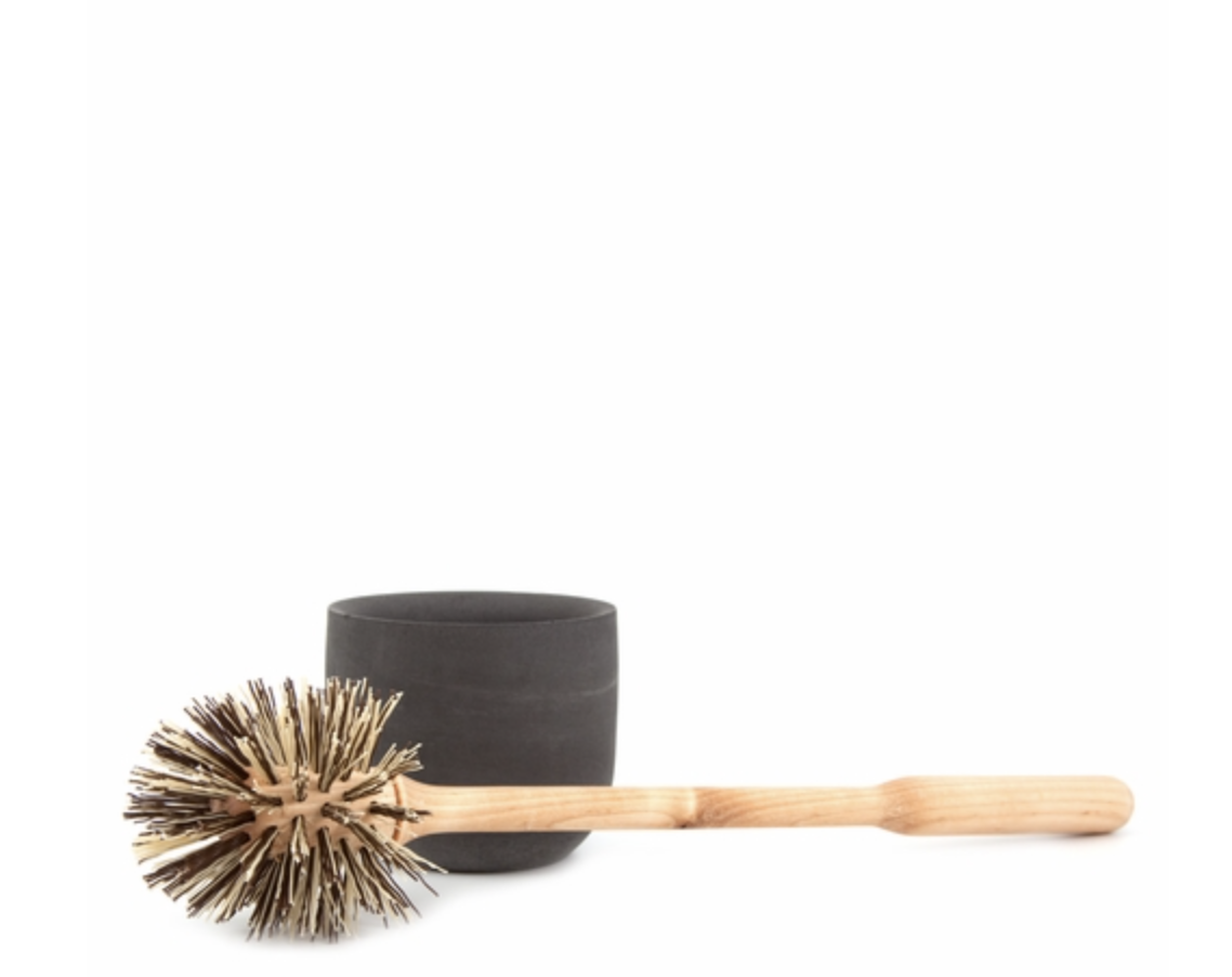 Iris Hantverk Loo Brush, $64