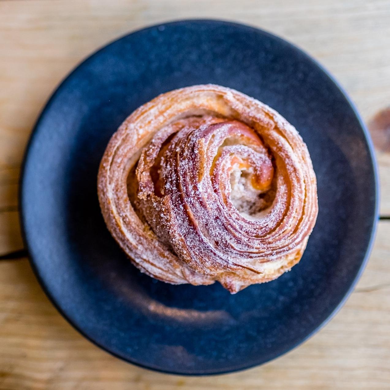 cinnamon-bun-6706.jpg