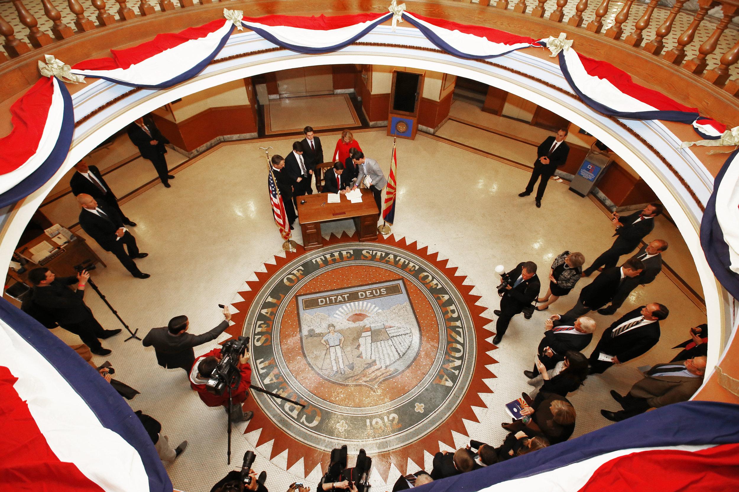 Rotunda Signing2.jpg