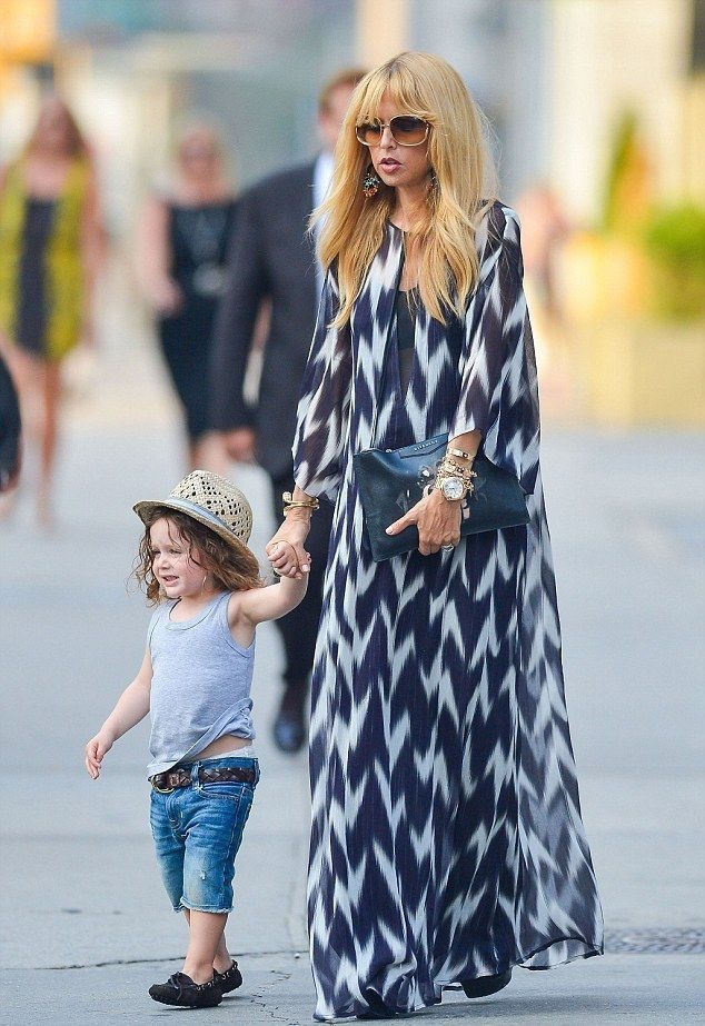 Rachel Zoe, so polished, so cool and so boho. She looks amazing ALL THE TIME! With her incredible eye and exacting knowledge of her body, Rachel makes getting dressed look easy, which is the point. To study all things Bohemian from the goddess herself, click  here .