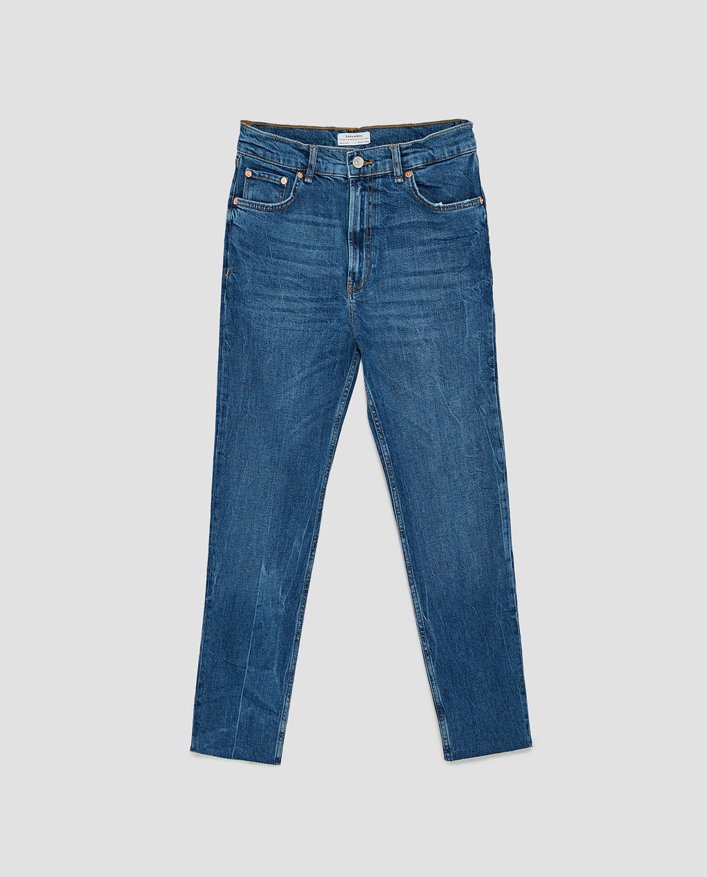Zara's version of the relaxed fit denim. Available in a multitude of washes but I like this classic '90s Pacific blue. They pack a lot of nostalgia for me and work perfectly for the season.