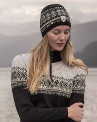 Dale of norway HOVDEN HAT£44 - Another great Norwegian brand. This lightweight Merino wool knit hat is thin, breathable and warm. In a classic yet modern style it fits perfectly under a helmet and looks great on its own.