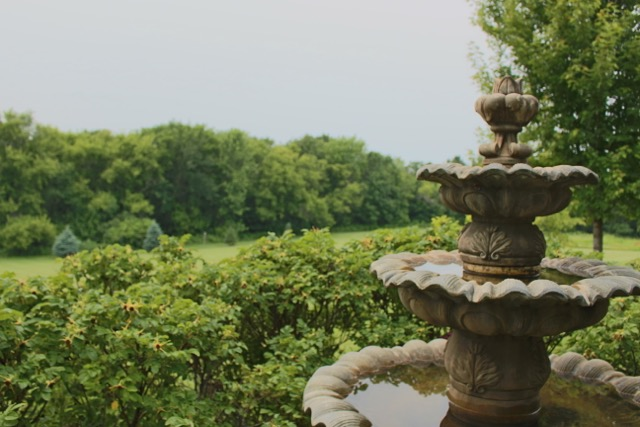 35333 County 24 - Fountain.jpg