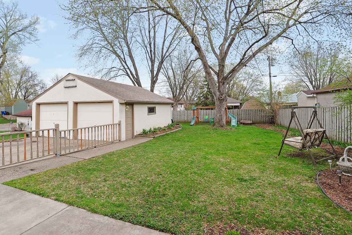 backyard1_1200.jpg