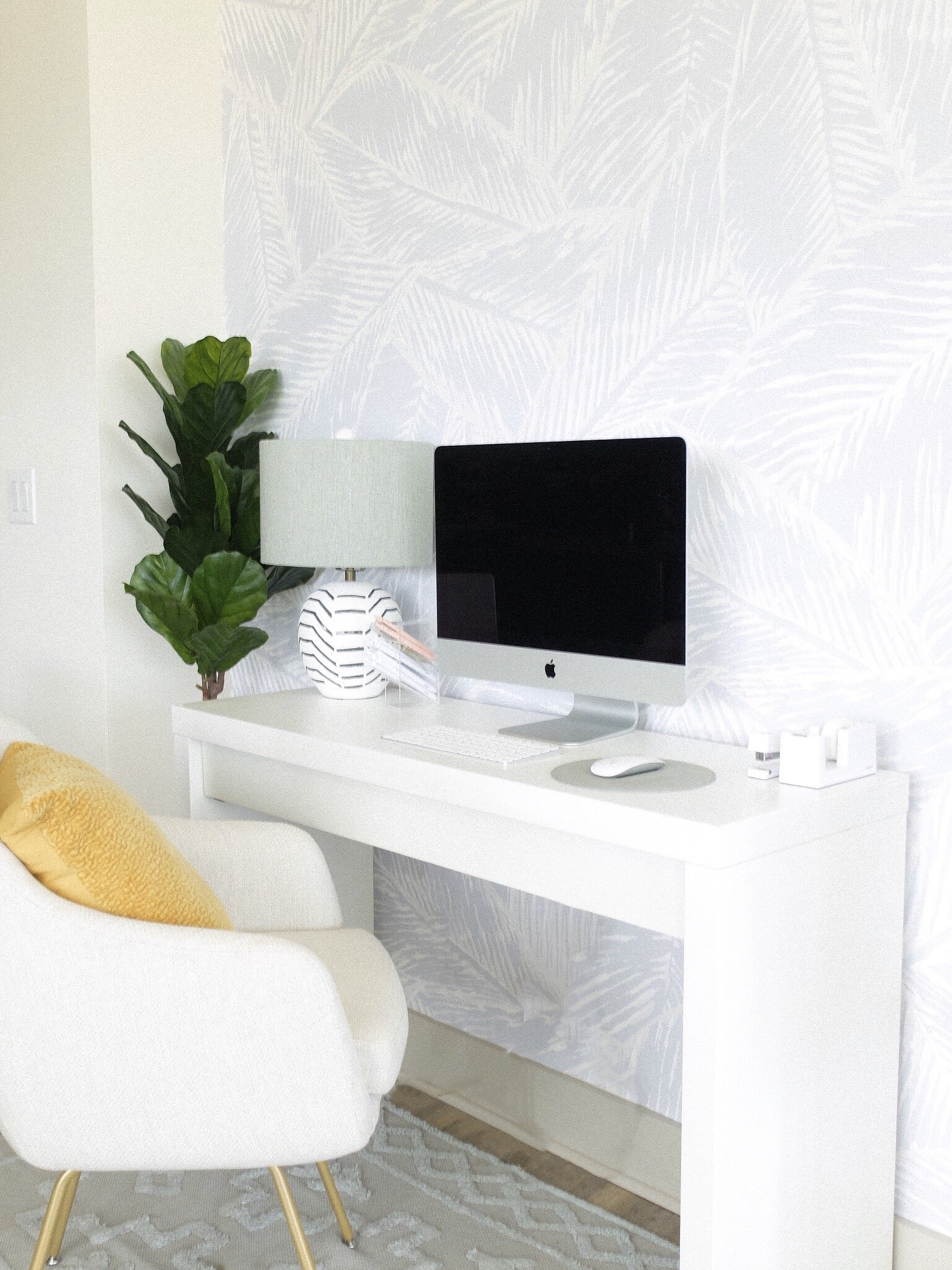 How to Create a Home Office for Small Spaces